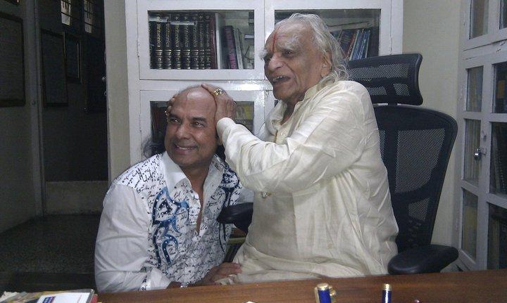 Guruji meets Bikram Choudhary