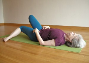 preparation for outer hip stretch, supine cow pose