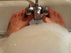 faucets as toe spreaders