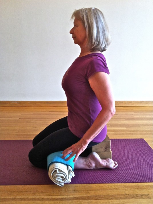 virasana roll full pose